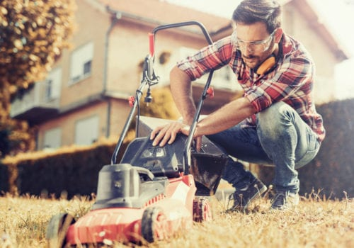 9 Tips for Preparing Your Lawn Mower for the Winter